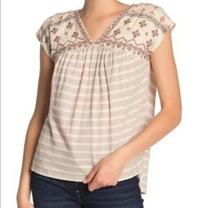 Lucky Brand Women's Embroidered Blouse Size: XL